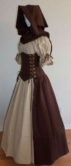 Pretty Outfits, Pretty Dresses, Beautiful Dresses, Medieval Dress, Medieval Clothing, Old Fashion Dresses, Fashion Outfits, 2000s Fashion, Renaissance Fair Costume