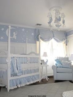 Sweet Lullaby star baby room Panelling for crib with wallpaper scene above
