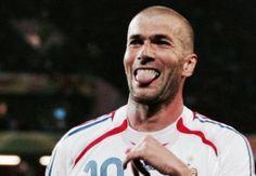 Clamoroso Zidane spodesta Benitez #zidane #benitez #realmadrid #calcio #sport #appreal
