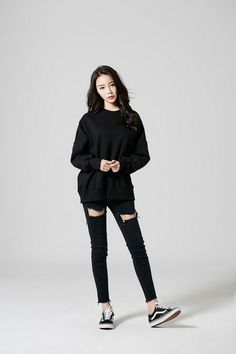 Korean fashion kpop inspired outfits street style 25