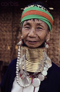 Burma | Padaung Woman Neck Rings and Necklace | © Robert van der Hilst/Corbis