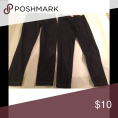 Lor of 2 The Childrens Place Jeggings Girls 7/8 Lor of 2 The Childrens Place Jeggings Girls 7/8  Denim Skinny jeans leggings they are in good condition my daughter only wore a couple of times the childrens place Bottoms Leggings