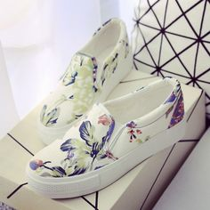 Spring and autumn women's shoes canvas shoes doodle low pedal shoes lazy platform cotton-made casual shoes _ {categoryName} - AliExpress Mobile Pretty Shoes, Beautiful Shoes, Cute Shoes, Me Too Shoes, Sneakers Mode, Sneakers Fashion, Fashion Shoes, Vans Shoes, Shoes Sandals