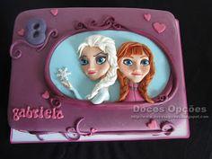 Doces Opções: Bolo de aniversário com a Elsa, a Anna e a Violett...