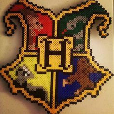 Hogwarts crest - Harry Potter perler beads by t.fauth