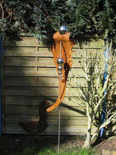Gartenstecker in Drachenform