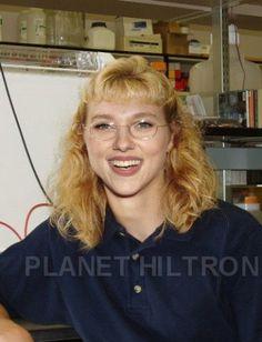 Celebrity Make Unders...Scarlet Johansson!