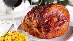 Glazed ham with mango salsa Yummy! Gammon Recipes, Ham Glaze, Mango Salsa, The Cure, Bacon, Pork, Turkey, Favorite Recipes, Beef