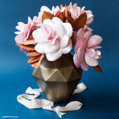Blush and Copper Paper Rose Tutorial - Lia Griffith Rose Tutorial, Paper Flower Tutorial, Making A Bouquet, Flower Making, Pink Paper, Paper Roses, Fake Flowers, Diy Flowers, Ranunculus Flowers