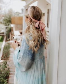 Amber Fillerup- Barefoot Blonde