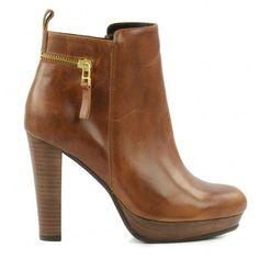 ab67075bf67 29 beste afbeeldingen van Cognac laarzen - Bootie boots, Boots en ...