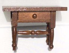 Miniature House - Wood Desk