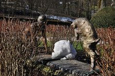 La statue de la Bergère de Salins-les-Bains