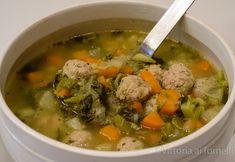 La minestra di verdura con polpettine. Vegetable soup with meatballs, simple…