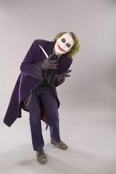 ヒース・レジャー演じるジョーカーの貴重なショットがたくさん! 『ダークナイト』のプロモ写真12