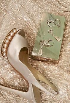 bac7de070705c1 Lupita Nyongo s Oscar Heels Oscar Gowns