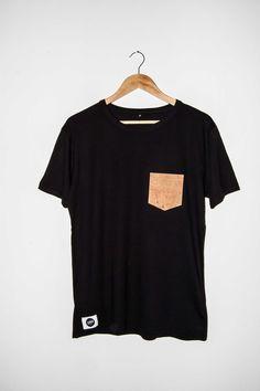 Handgenähtes Pocket Shirt aus Naturkork / Ökologische Alternative zu Leder & Kunstleder  #12dag #feinstepanier #kork #cork #mode #fashion #handgemacht #handmade #wien #vienna #regional #bio #nachhaltig #vegan #organic