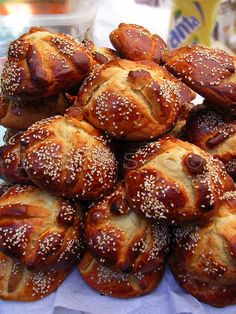 pan / bread  hojaldras (pan de muerto). puebla.méxico