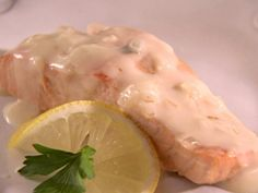 Poached Salmon with Champagne Sauce Recipe | Sandra Lee | Food Network
