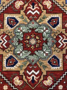 Cross Stitching, Cross Stitch Embroidery, Cross Stitch Designs, Cross Stitch Patterns, Bead Crochet Rope, Carpet Design, Star Patterns, Persian Rug, Rugs On Carpet