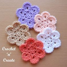 This curved edge flower is an easy and quick design I am sure you will love. Crochet flowers are great if you want to whip up a small project fast, they . Crochet Puff Flower, Crochet Flower Patterns, Flower Applique, Crochet Motif, Crochet Designs, Crochet Flowers, Crochet Appliques, Crochet Leaves, Crochet Stars