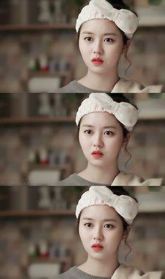 Kim So Hyun (김소현) Child Actresses, Korean Actresses, Korean Actors, Korean Dramas, Yoon Park, Kim So Hyun Fashion, Kwak Dong Yeon, Kim Sohyun, Yoon Doo Joon