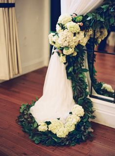 Tourterelle Floral Design - Charlottesville, VA - Ashley Relvas Photography @ashleyrelvas @oldmethall