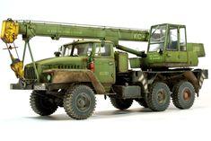 Ural Crane by Bm 21 Grad, Eastern Europe, Scale Models, Crane, Tractors, Monster Trucks, Cold War, Diorama, Type 3