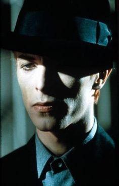 Bowie fashion as art
