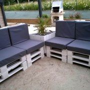 DIY Pallet Outdoor Sofa with Canopy