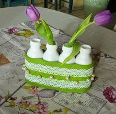 Blumenvasen aus Plastikflaschen / Vases made of plastic bottles / Upcycling
