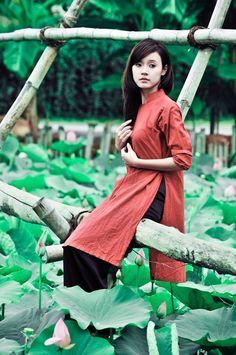 #hangtran #vietnamese #traditional #dress Midu - The beauty of Ao Dai - Vietnamese traditional dress