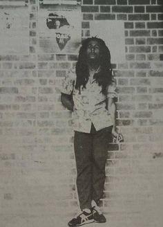 Bob Marley (one♡love) Bob Marley Concert, Reggae Bob Marley, Kingston, Bob Marley Legend, Bob Marley Pictures, Famous Legends, Marley Family, Rasta Man, Jah Rastafari