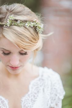 delicate baby's breath floral crown