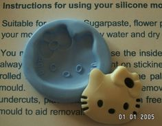 HELLO KITTY SILICONE MOULD - Cake Decorating - Sugarcraft,  Cupcake Topper