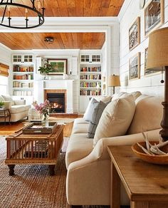 grey living room are readily available on our web pages. look at this and you will not be sorry you did. Southern Living Rooms, Cottage Living Rooms, Cottage Interiors, My Living Room, Home And Living, Living Area, Southern Cottage Homes, Living Room Styles, Farmhouse Interior