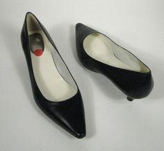 fdcea719a5c NEW Calvin Klein Size 10 M US Shoes Navy Leather Pointy Pumps Kitten Heels  Diema