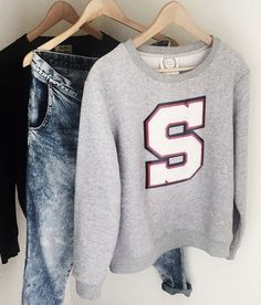 personalised varsity jumper- S initial in grey size M  ($99)