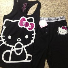 Nice Workout clothes for Hello Kitty fans! Lazy Day Outfits, Spring Outfits, Cool Outfits, Hello Kitty Clothes, Hello Kitty Items, Looks Kawaii, Hello Kitty House, Hello Kitty Collection, Lounge Wear
