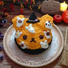 Halloween Rilakkumar pumpkin Mont Blanc dessert by sophia٭¨̮❁ (@sopi326)