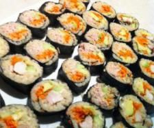 Recipe Thermomix Sushi by Beck- ThermoSisters, learn to make this recipe easily in your kitchen machine and discover other Thermomix recipes in Pasta & rice dishes. Sushi Recipes, Lunch Box Recipes, Pasta Recipes, Snack Recipes, Cooking Recipes, Savoury Recipes, Lunchbox Ideas, Dinner Recipes, Savory Snacks