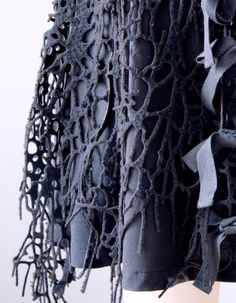 Innovative textiles design for fashion - structural fabric manipulation with an artful use of cut, fold & repetition to create patterns & two tone textures // Iris van Herpen Textile Texture, Textile Fabrics, Fabric Textures, Textile Prints, Textures Patterns, Textile Design, Design Patterns, Textile Manipulation, Fabric Manipulation Fashion