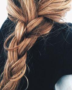 Hair Hair Style Girl short hair styles for girls Messy Hairstyles, Pretty Hairstyles, Summer Hairstyles, Updo Hairstyle, Prom Hairstyles, Casual Hairstyles, Cut Her Hair, Hair Cuts, Ombre Highlights
