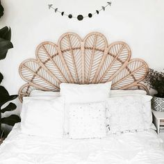 Bed goals // living Sunday in style #thecentralau #surf #style #gifts
