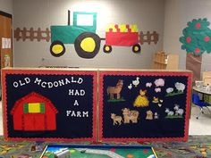 Preschool Farm Theme Classroom-put kids' seasonal artwork on the trailer of tractor. Hot-glued denim fabric from Walmart on shelves and laminated border. When little hands or feet rub up against cubbies and shelves it won't do much damage. Preschool Rooms, Preschool Themes, Preschool Classroom, Classroom Themes, Preschool Farm, Preschool Crafts, Seasonal Classrooms, Physics Classroom, Montessori Elementary