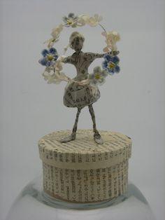 polkadotponie forget me not paper dancing girl