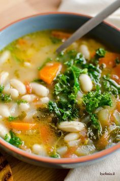 Włoska zupa fasolowa Veggie Recipes, Soup Recipes, Dinner Recipes, Cooking Recipes, Healthy Recipes, Slow Food, My Favorite Food, Italian Recipes, Food To Make