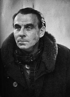 """C'est avec """"Voyage au bout de la nuit"""" que j'ai découvert Louis-Ferdinand Céline. Un livre qui m'accompagne depuis longtemps."""