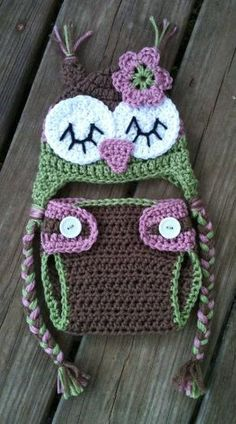 Newborn Baby Girl Sleepy Crochet OWL Rose PINK Green BROWN Diaper Cover -n- Beanie Hat Set -- Love these colors! by stacey