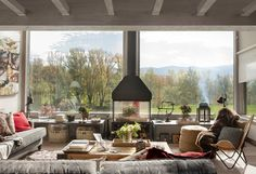 The windows in the living room of this country house in Spain are indecently large! So much daylight enters the interior that it seems like you are in ✌Pufikhomes - source of home inspiration Refuge, Living Room Remodel, Wooden House, Fireplace Design, Interior Exterior, Interior Design Living Room, Design Interior, Home Remodeling, Sweet Home
